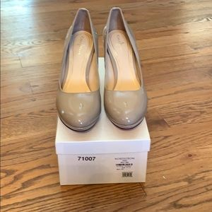 Cole Haan pumps in maple sugar patent.